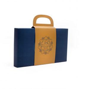 ستا (بسته تسبیح دانه بادام، جانماز و پایه چوبی)