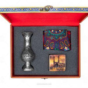 بسته گلدان نقره قلمزنی، رومیزی پته و جعبه مرمری (199)